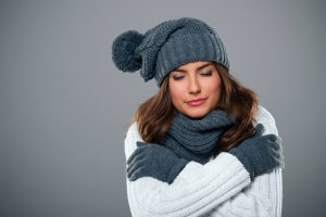cold-woman-scarf