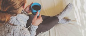 woman-coffee-cold-bed